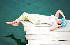 YOUNG GIRL BY LAKE Royalty Free Stock Photography