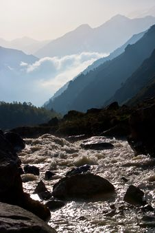 Free Mountain River Royalty Free Stock Photo - 15205355