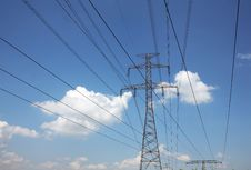 Free Electric Pylons Stock Image - 15206181