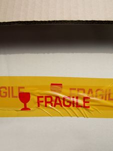 Free Fragile Label On A Package Royalty Free Stock Photo - 15207695