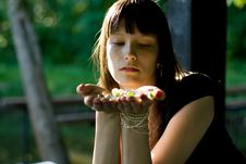 Free Girl Posing Outdoor Royalty Free Stock Photos - 15207778