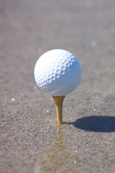 Free Golf Ball Royalty Free Stock Photography - 15208297