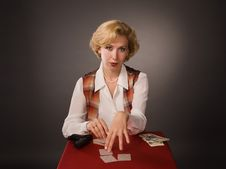 Free The Pretty Woman With Cards Royalty Free Stock Photos - 15212718