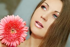 Free Portrait Of Young Woman Stock Photography - 15213742
