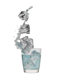 Free Ice In A Glass Royalty Free Stock Photography - 15214497