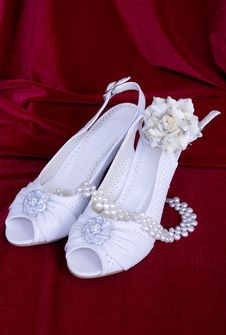Free White Wedding Shoes Stock Images - 15215754