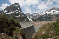 Free Emosson Hydroelectric Dam Royalty Free Stock Image - 15217416