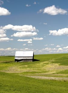 Free Barn On A Sunny Day. Royalty Free Stock Photo - 15217695