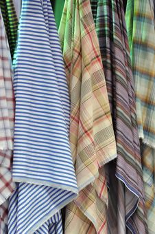 Free Colorful Cloth Hanging Royalty Free Stock Photography - 15218047