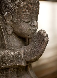 Free Sawasdee Statue Royalty Free Stock Photography - 15220647