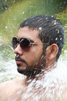 Free Man Bathing Royalty Free Stock Photo - 15221915