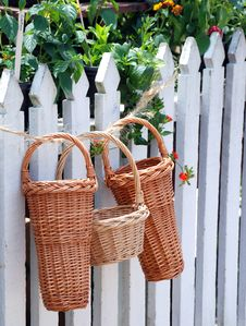 Free Beautiful Wicker Baskets Royalty Free Stock Photo - 15225615