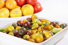 Free Heirloom Tomatoes Fresh From The Garden Stock Photo - 15225910