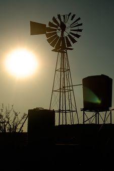 Free Windpump Silhouette Stock Image - 15230071