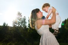 Free Mother An Baby Royalty Free Stock Photography - 15230947
