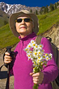 Free Old Women In Mountain Stock Photo - 15234280