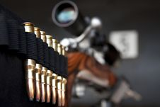 Free Bullets On Rifle Royalty Free Stock Photos - 15236878
