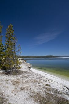 Free Yellowstone Lake Royalty Free Stock Photo - 15237035