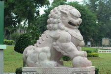 Free Chinese Lion Statue Stock Photos - 15244523