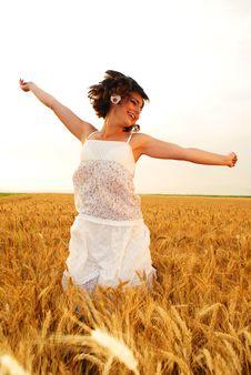 Free Girl Jumping Stock Photos - 15248113