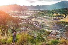 Free Woman Sstanding On Mountain In Morning. Bali Island. Stock Photos - 152453633
