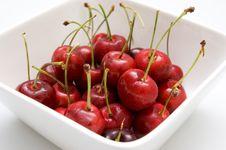Free Cherries In Bowl Stock Photo - 15250120