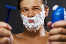 Free Handsome Man Shaving Stock Images - 15256324