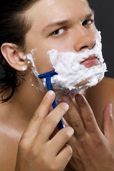 Free Handsome Man Shaving Stock Photo - 15256330