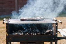 Free Five Pork Sausages On A Grill Stock Photo - 15256450