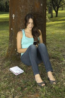 Free Girl Messaging With Cellphone Stock Photography - 15258432