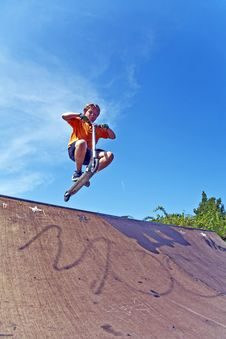 Free Boy With Scooter At Skate Park Royalty Free Stock Photography - 15259987