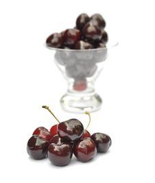 Free Ripe Cherries Royalty Free Stock Image - 15260866