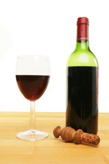 Free Glass And Bottle Of Red Wine Stock Images - 15261614
