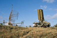 Free Military Radar And Vehicle Of The Base Stock Photo - 15262500