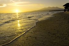 Free Tropical Sunrise Royalty Free Stock Image - 15262696