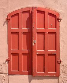 Free Red Shutters Stock Image - 15262721