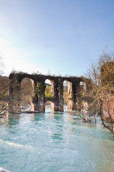 Free Roman Aqueduct In Epirus Royalty Free Stock Images - 15263659