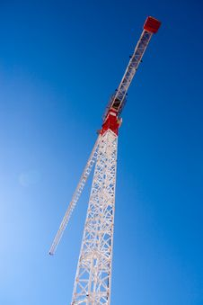 Free Tall White Tower Crane Royalty Free Stock Photography - 15264087