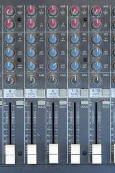 Free Audio Mixer Hardware Stock Photos - 15270813
