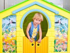 Free Cute Boy In Play House Royalty Free Stock Photos - 15272518