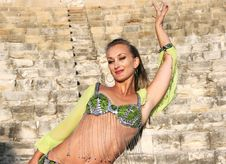 Free Belly Dancer Stock Photos - 15272613