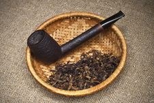 Free Tobacco Pipe Royalty Free Stock Image - 15273226