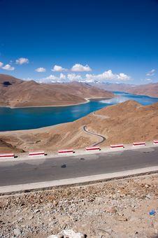 Free Lake In Tibet, China Royalty Free Stock Photo - 15273265