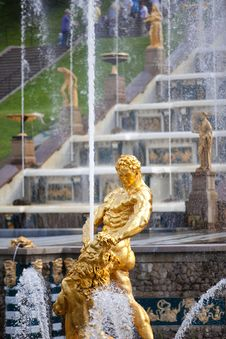 Fountains Of Petergof Royalty Free Stock Photo