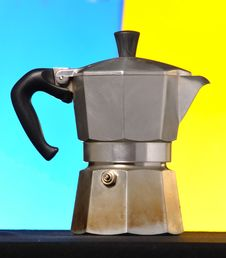 Free Italian Coffee Maker Royalty Free Stock Photography - 15274277