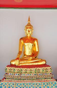 Free Buddha Statue Royalty Free Stock Photo - 15281995