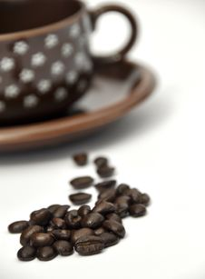 Free Coffee Beans And Cup Royalty Free Stock Photography - 15286247