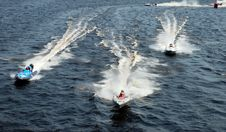 Free Speeding Motorboats Stock Images - 15289254