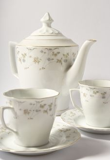 Free Teapot And Two Cup Stock Photos - 15291923