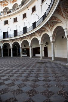 Free Plaza Del Cabildo, Seville Royalty Free Stock Image - 15294046